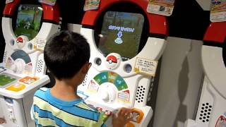 James plays Pokemon Tretta (arcade game)