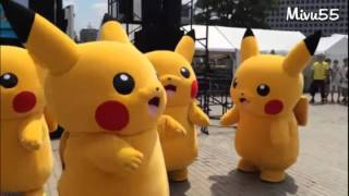 Pikachu bailando el baile del toto.