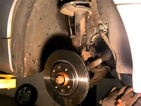 changing the brake discs and brake pads on peugeot 206 by. Black Bedroom Furniture Sets. Home Design Ideas