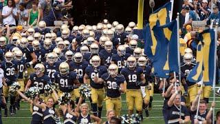 A temporada do futebol americano universitário está para começar. Mas como é o regulamento?