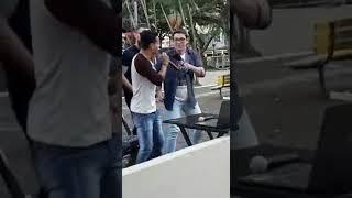 Ze NETO E CRISTIANO  surpreende cantor de rua , Thiago coutinho Rio preto thumbnail