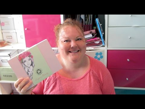 Glossybox Limited Edition Organic Beauty / Skincare Box - Unboxing September 2014