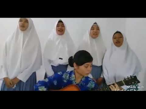 Cover lagu Pantang Mundur Titiek Puspa oleh XI-IPA2