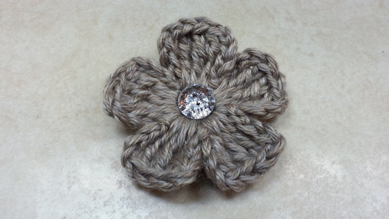 CROCHET How to #Crochet Easy 5 Petal Flower #TUTORIAL #135 LEARN ...