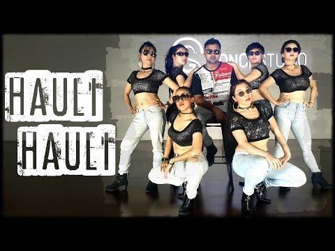 Hauli Hauli   Ajay Devgn, Rakul Preet, Neha Kakkar, Garry Sandhu   Santosh Konathala SK Choreography