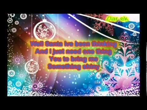 Kelly Clarkson 4 Carats