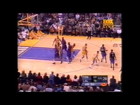 Vince Carter - Raptors at Lakers - 2000-01 (Two tomahawks)