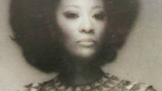 """Marlena Shaw - """"Woman of the ghetto"""" (LIVE Performance)"""