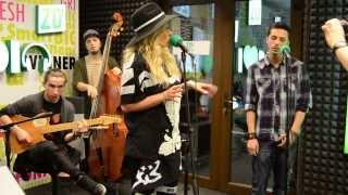 Delia feat. UDDI - Ipotecat LIVE @Radio ZU