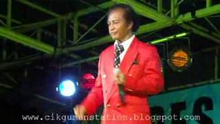 Jefry Din - Mas Mona (Live@Pesta Konvo UPSI) 16hb Oktober 2010