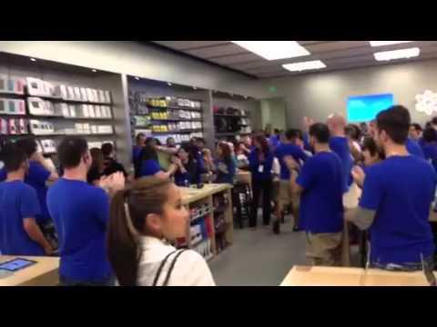 15 Secrets of Apple Store Employees | Mental Floss