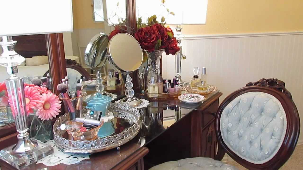 Whats On My Vintage Vanity Today Youtube