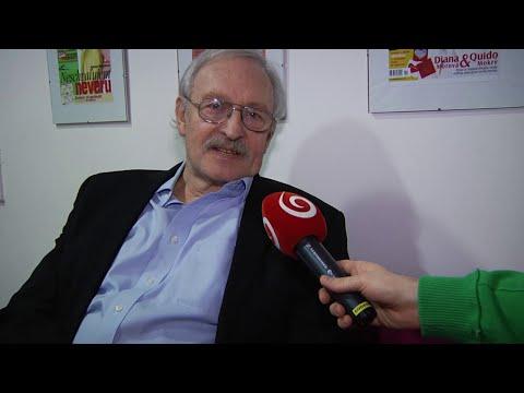 František Kovár znovu objavil čaro Veľkej noci: Šibať chodí s vnukom (ZOO)