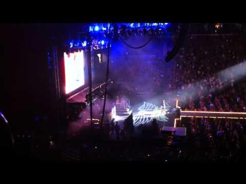 Aerosmith at The ACC - Toronto - Joe Perry vs. Guitar Hero - August 18, 2010