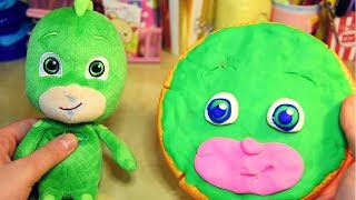 GUFETTA e GATTOBOY creano una pizza uguale a GECO [Video per bambini col Play-Doh]