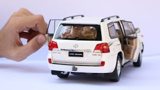 Unboxing of Toyota Land Cruiser V8 LC200 SUV 1:18 Scale Diecast Model Car thumbnail
