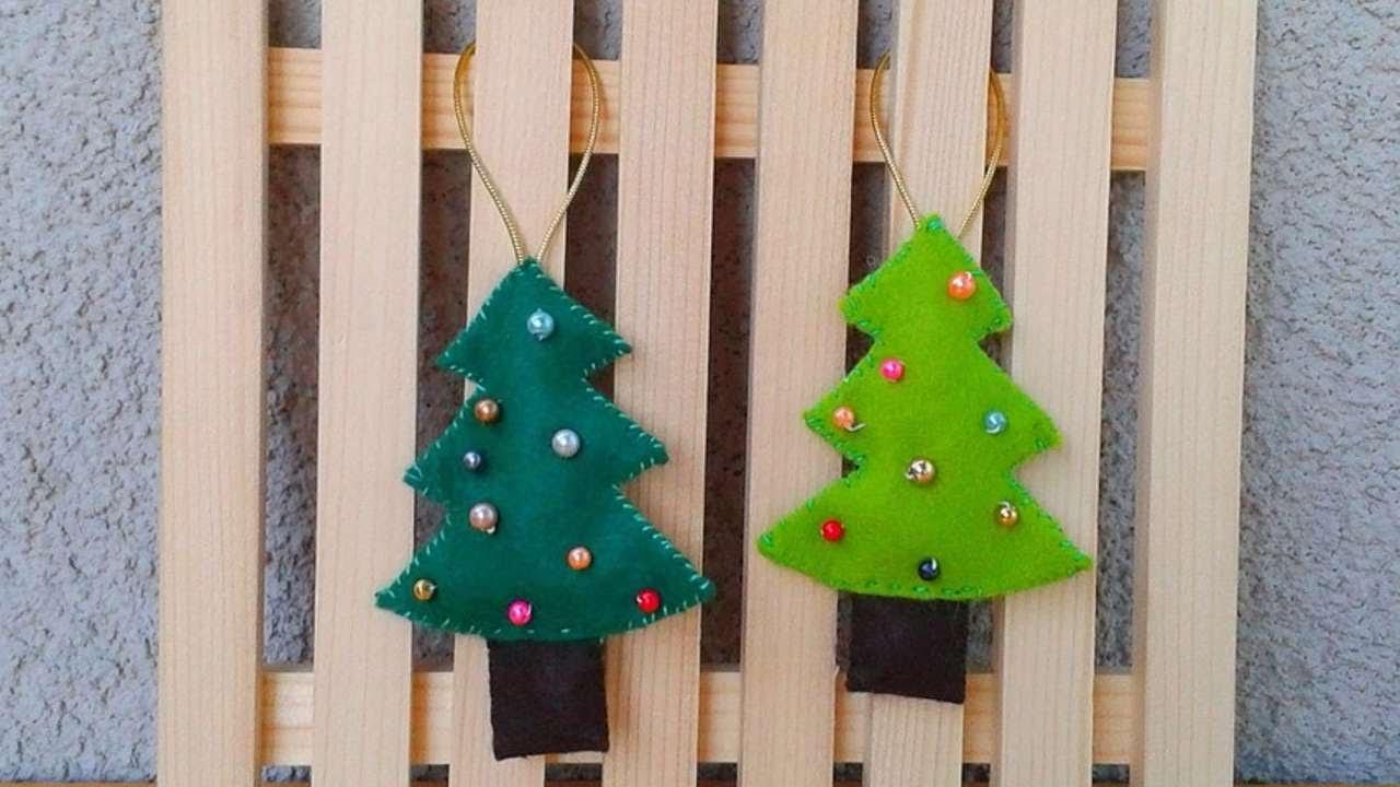 Crea delle belle decorazioni natalizie di feltro fai da for Decorazioni natalizie fai da te