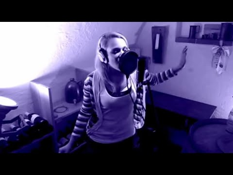 Linkin Park - Burn it down (girl version)