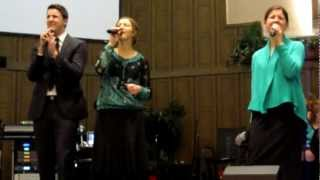 The Collingsworth Family - Praise You