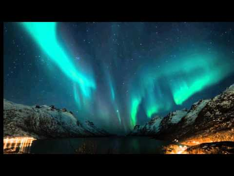 Northern Lights (Aurora Borealis) photography and time lapse movies (HD). New book - a travel guide