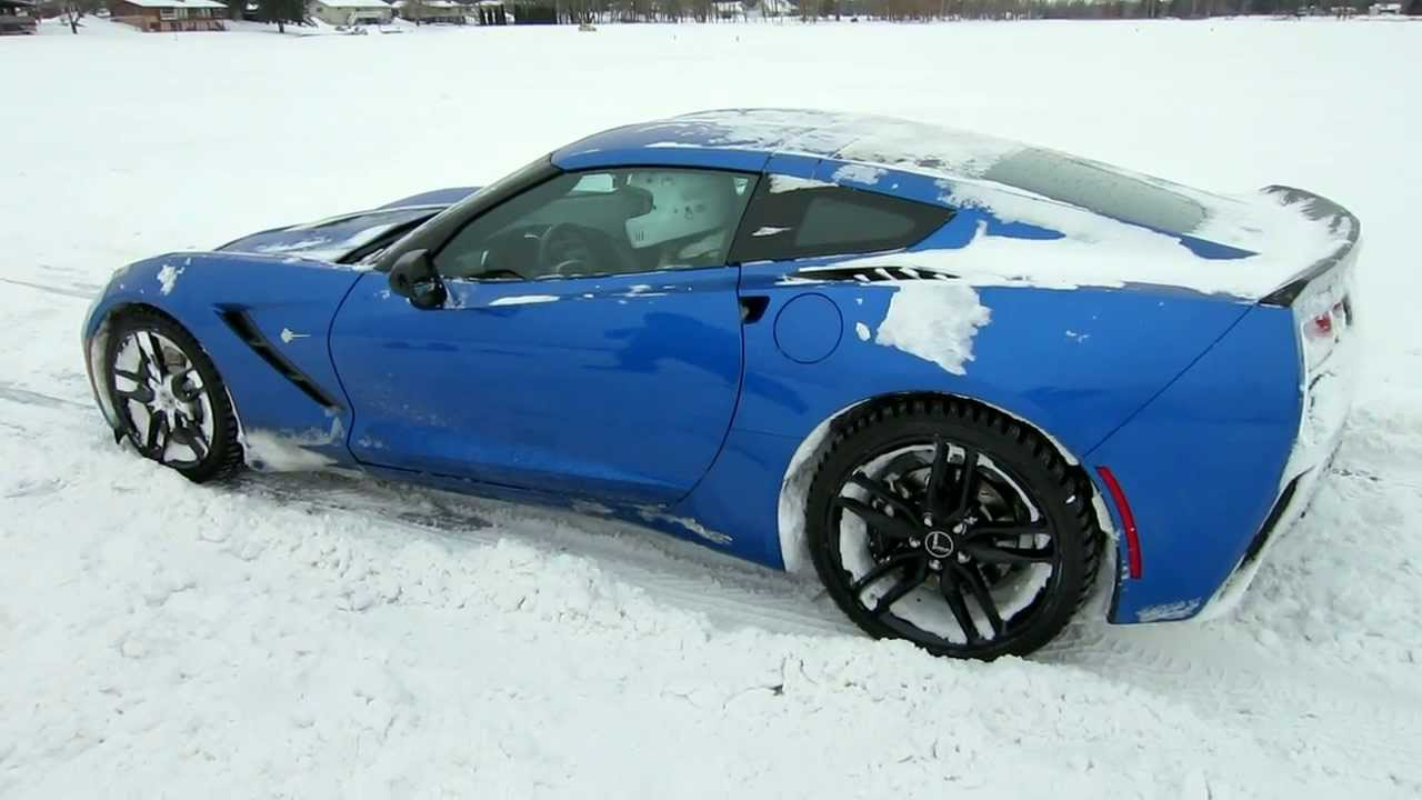 2014 Corvette Stingray Z51 Exhaust Sound Rev with Performance Exhaust -  Corvette on Ice!!!
