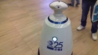На форуме ЭТМ 25 лет(Друзья привет. Посчастливилось на форуме ЭТМ 25-летия 15 сентября в гостинице HILTON пообщаться с роботом Проша...., 2016-09-19T05:06:11.000Z)