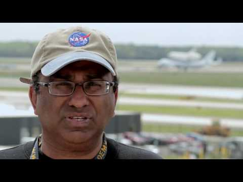 NASA   Discovery Comes to Dulles