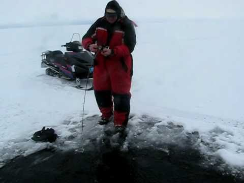 The best ice fishing in the world youtube for Ice fishing youtube