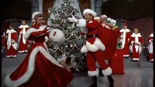 Kelly Clarkson - Underneath the Tree (Xmas movie dance compilation)