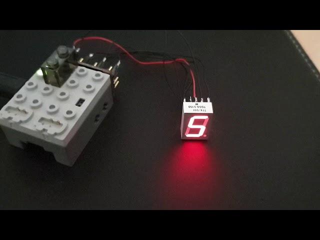 PFx Brick mit 7-Segment Display als Count-Down-Anzeige