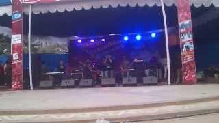 Shironamhin Live Concert-Vebe Dekhecho Ki