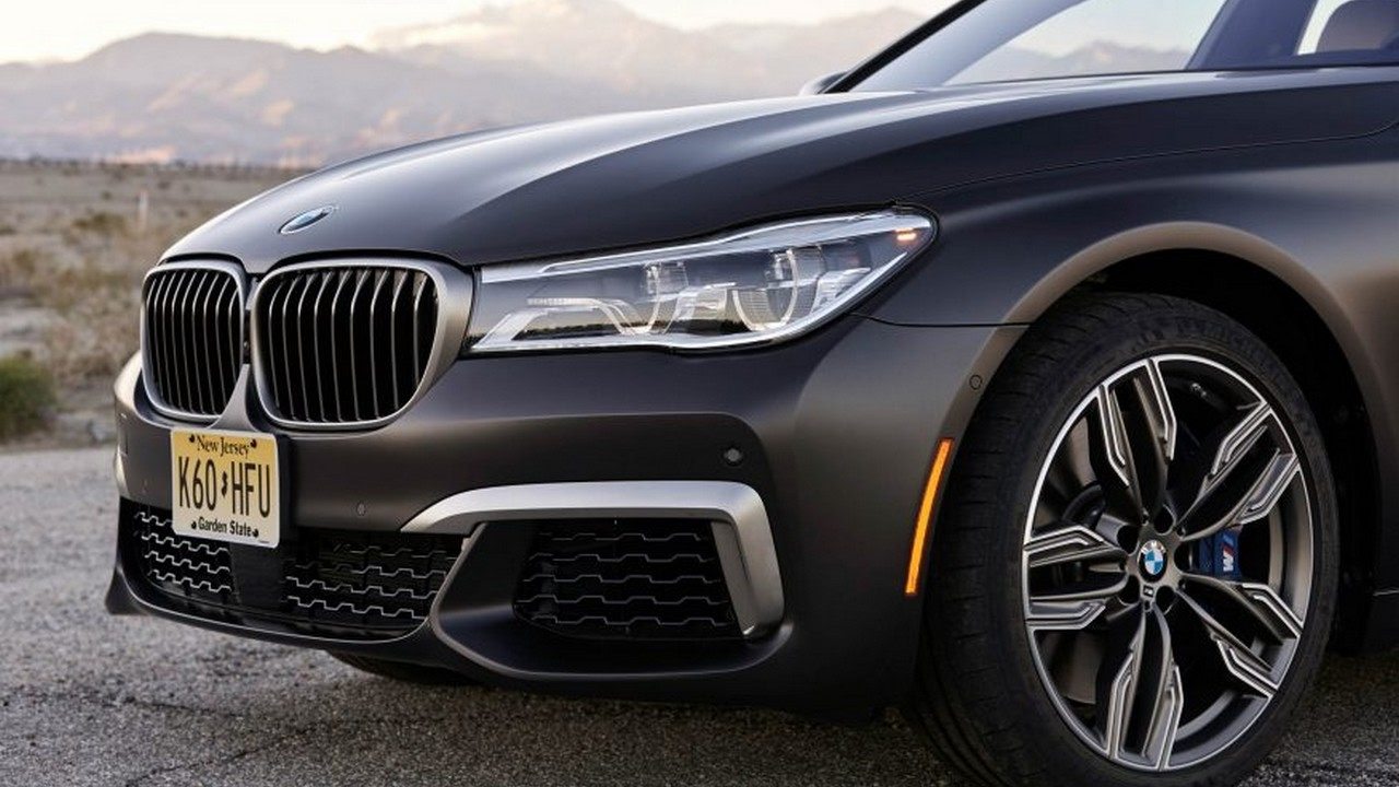 Watch Now2017 BMW M760i XDrive Review Specs 2017 Chicago Auto Show