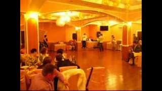 С.Лазуткин-У ДОЧЕНЬКИ НА СВАДЬБЕ(стишок под муз.М.КРУГ)