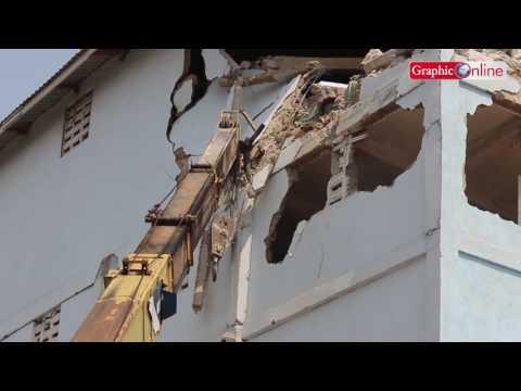 Dangerous: AMA pulls down 4-storey building at Adabraka