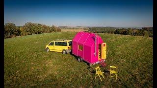 Magenta Tiny House - Pin-up Houses