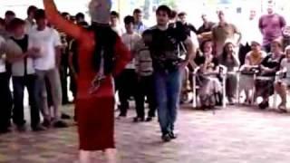 Красивый танец !