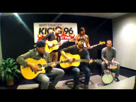 Old Dominion performs Nowhere Fast