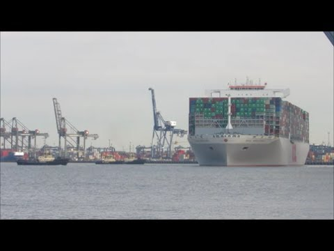 Port of Felixstowe says goodbye to OOCL Hong Kong. But not for long!! 6th July 2017