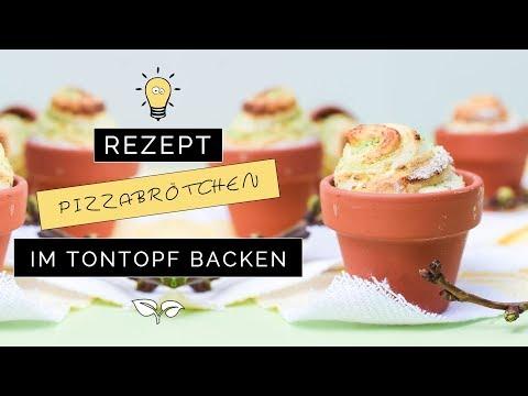 Rezept: Kräuter-Pizzabrötchen im Tontöpfchen backen | Fingerfood für Ostern, Frühling, Grillfest...