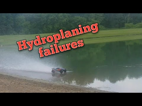 Traxxas Rustler 4x4 Hydroplaning Attempts And Failures