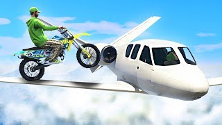 STUNT ON PLANES WITH BIKES! (GTA 5 Funny Moments)