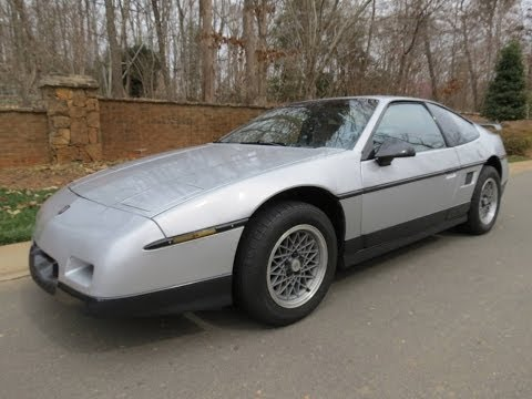 1986 Pontiac Fiero GT Start Up, Exhaust, Test Drive, and In Depth Review