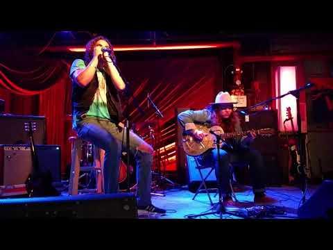 Marcus King - 'Drifting Blues' (Acoustic)