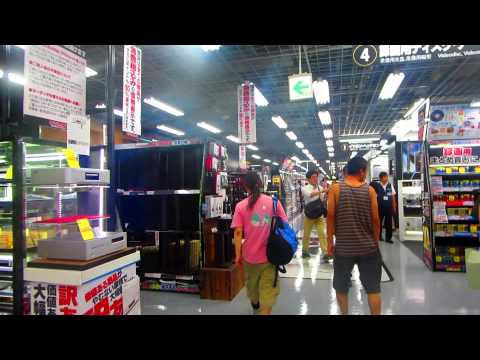 Walking in Yodobashi Akiba - The world's largest electronics store is in Tokyo