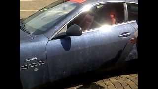 luxury cars,Maserati granturismo ,made in italy,stile italiano,tessuto,jeans, textile,auto lusso,