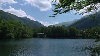 Голубое озеро. Кабардино-Балкария.(Голубое озеро расположено в Черекском ущелье Кабардино-Балкарии. Площадь озера 2,5 га. Глубина — 258 м. Примес..., 2011-09-06T08:25:18.000Z)