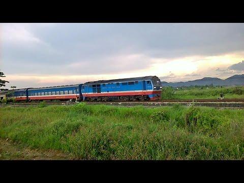 một đoàn tàu đẹp /beautiful train