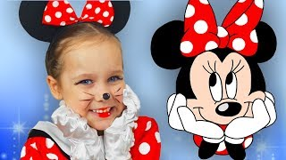 Kids Makeup & Costume Minnie Mouse Yulya dress up & play with cleaning toys