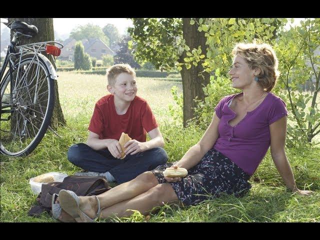 Der Junge mit dem Fahrrad (YouTube)