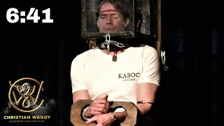 6 MIN 40 SEC WITHOUT BREATHING WHILE LOCKED UP ON STAGE - LOCKED UP ESCAPE ARTIST